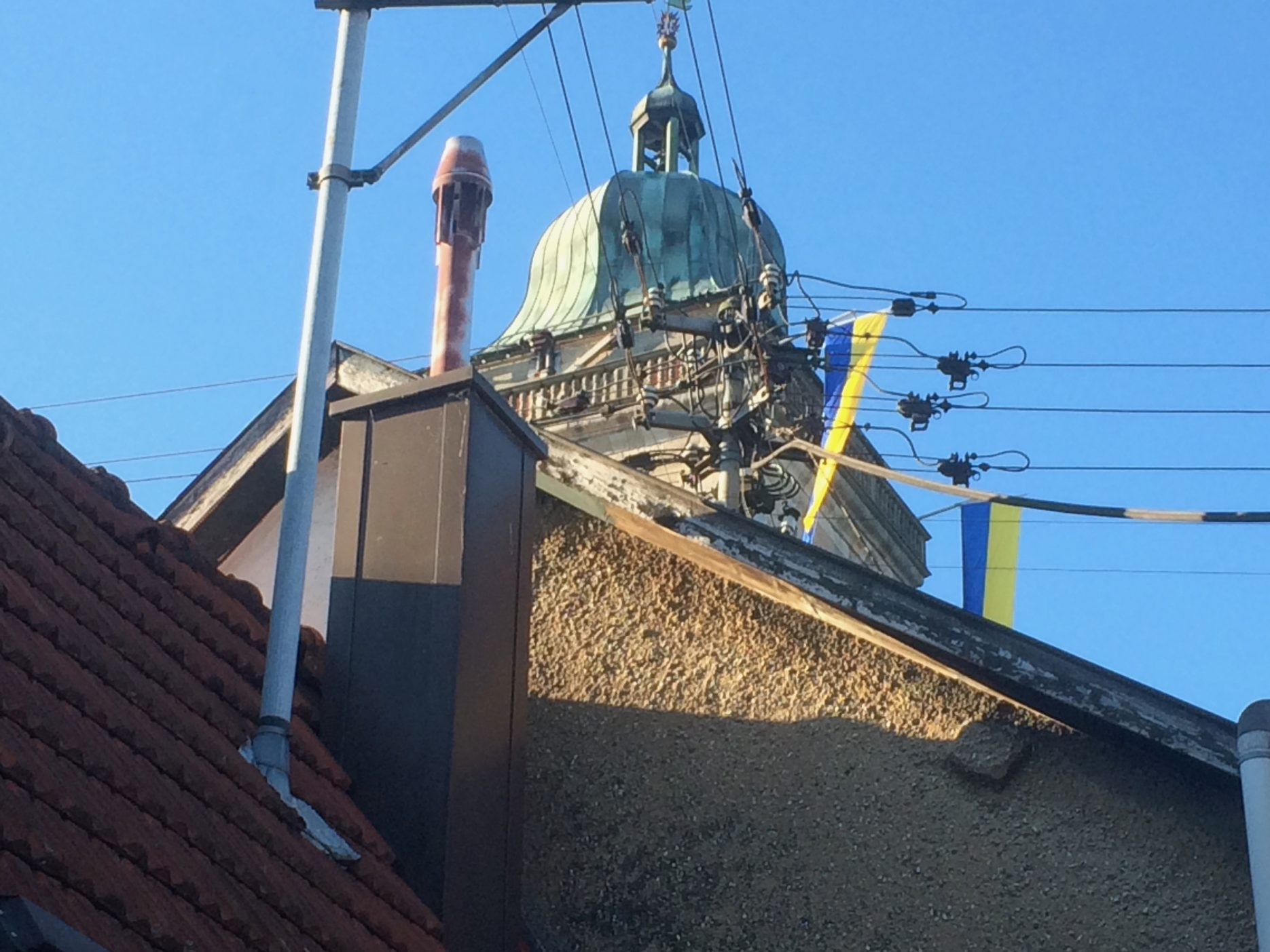 Maientag in Nürtingen Kirchturm Sankt Laurentius
