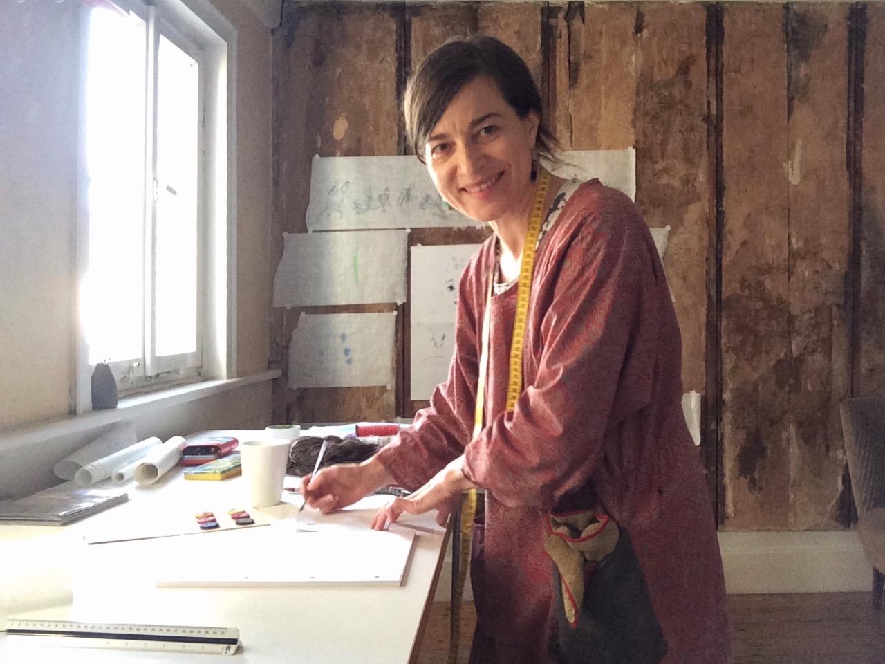 Tiina Kern im Atelier